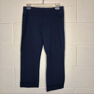 Lululemon navy cropped yoga pants